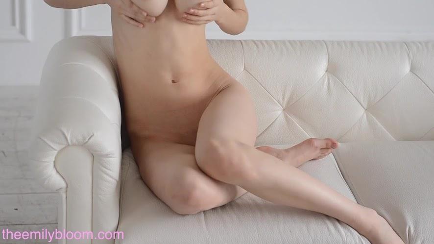 [TheEmilyBloom.com] Mila Azul - White Room [1080p] sexy girls image jav